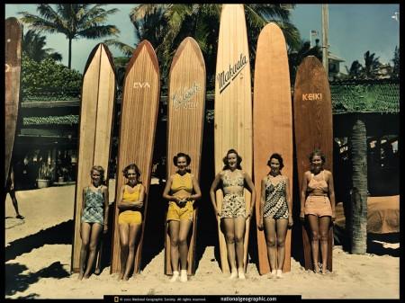 Vintage-surfing-girls-450x337