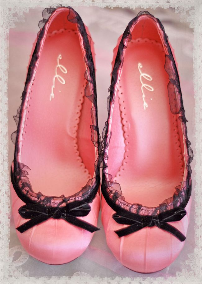 Pinkshoeslace